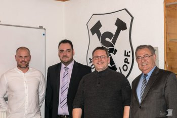 v.li: 3. Vorstand Thomas Braun, 1. Vorstand Jürgen Neubauer, 2. Vorstand Thomas Ziegler, 2. BGM Herbert Lehner