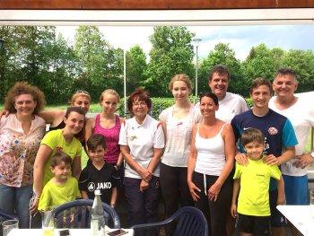 Mit einem Schleiferlturnier sind die Tennisfreunde des SC Glückauf Auerbach in die Saison 2018 gestartet.
